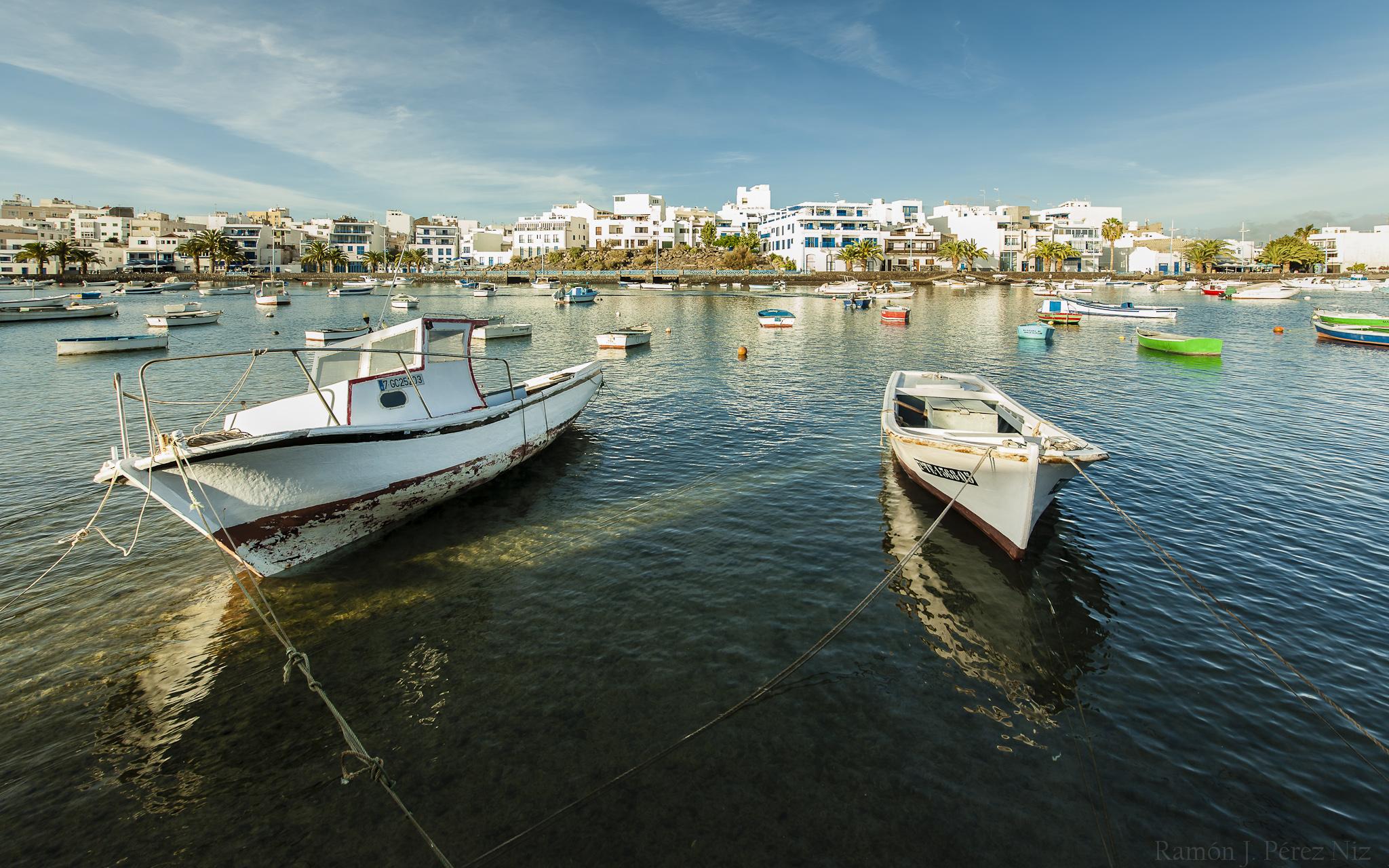 Barcos en el Charco de San Ginés de Arrecife.