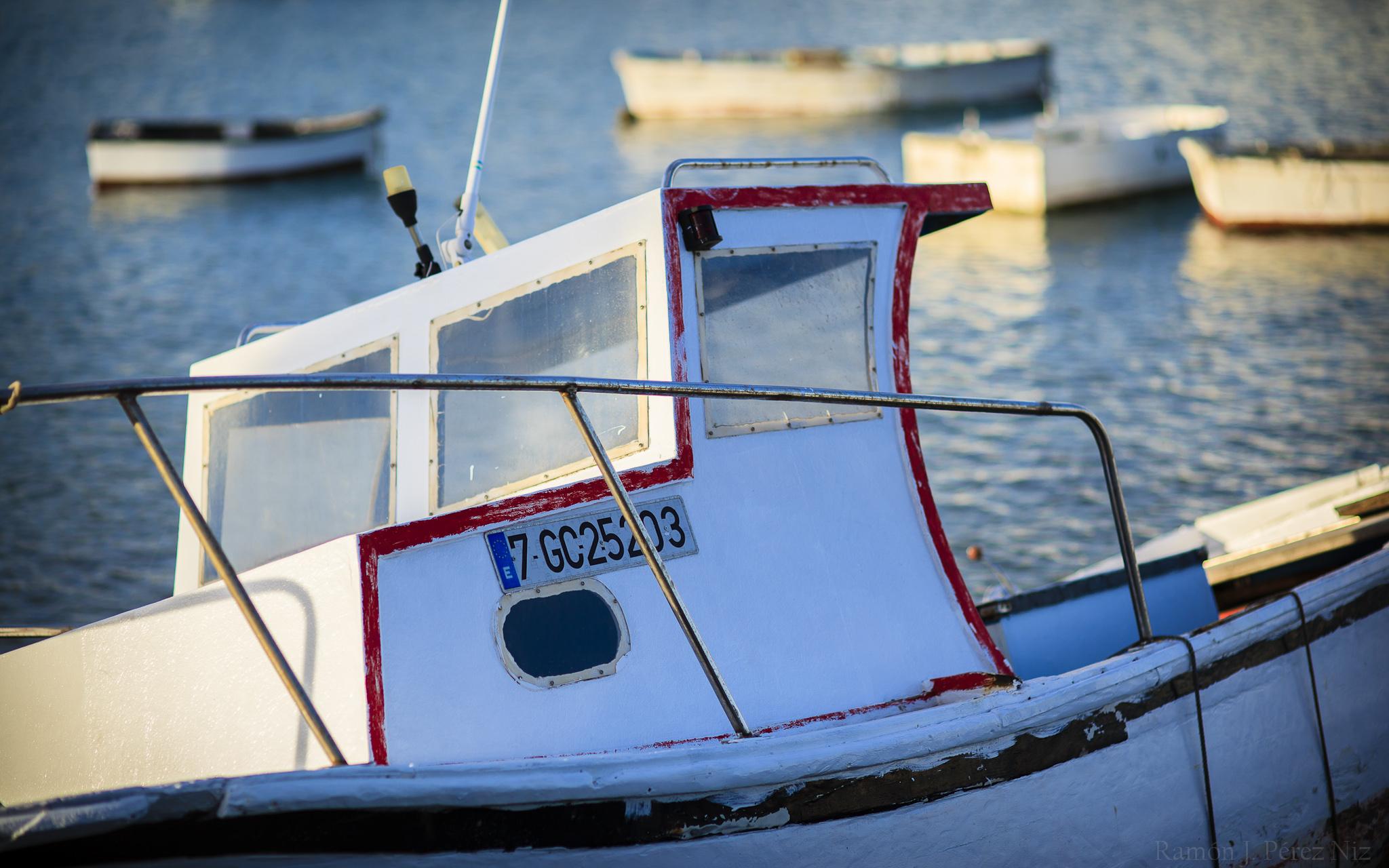 Atardecer en el Charco de San Ginés. Barcos en Arrecife.