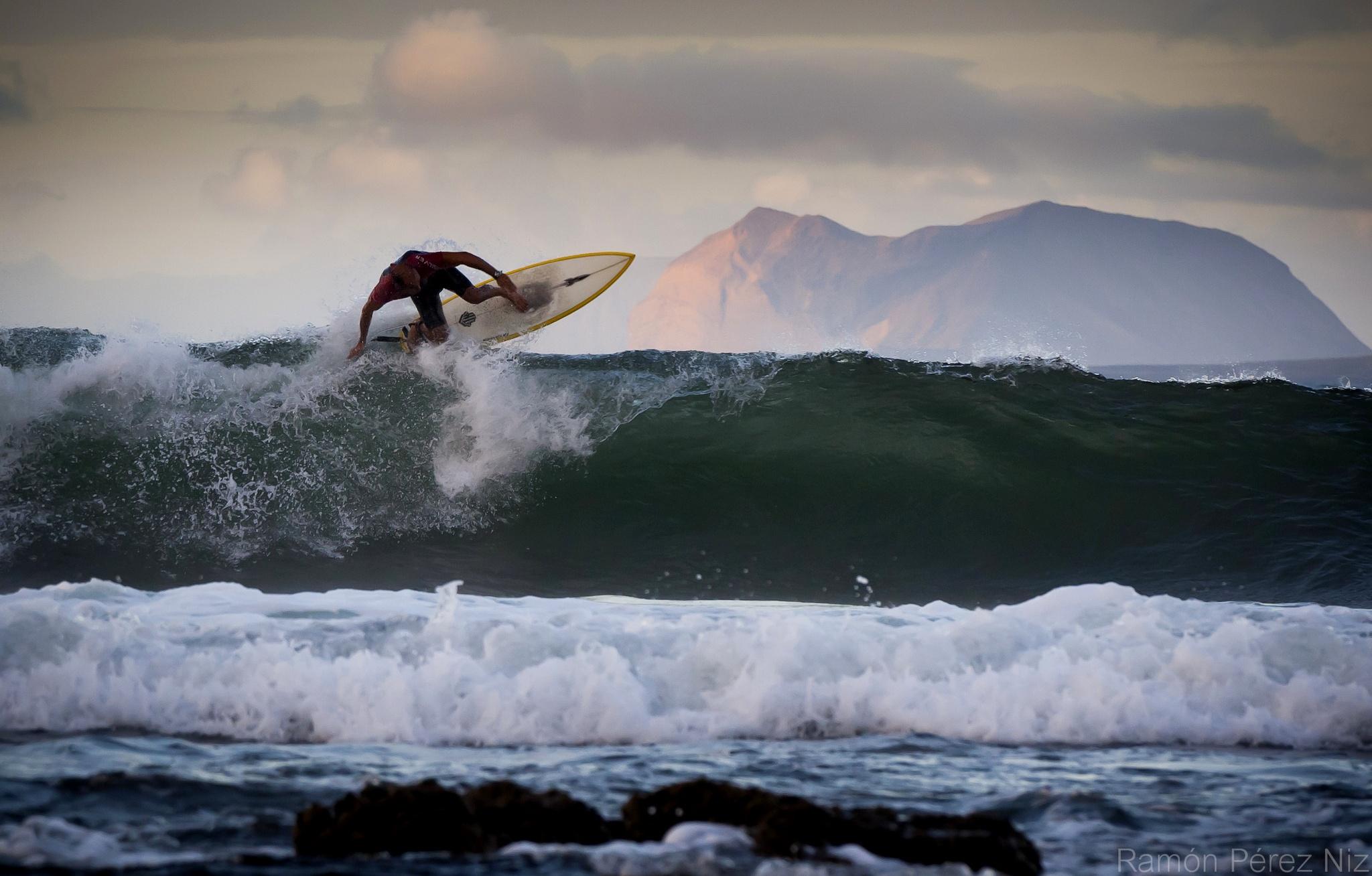 Foto de Ramón Pérez Niz. Surf.
