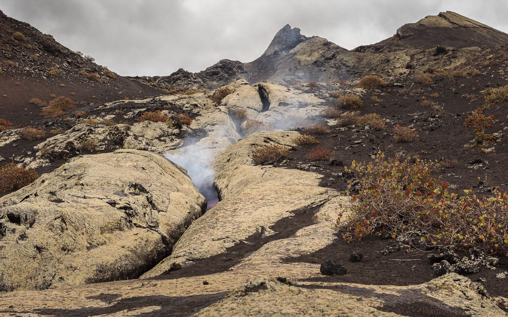 Foto Ramón Pérez Niz. Erupción en Pico Partido