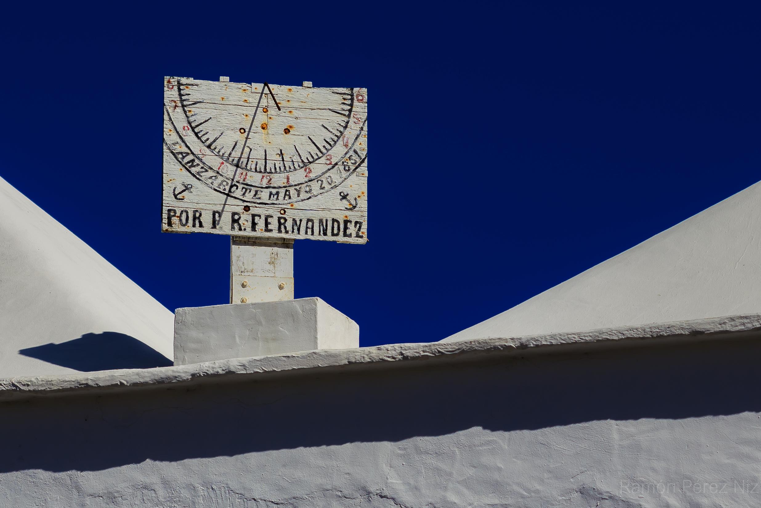Foto de Ramón Pérez Niz. Reloj de sol