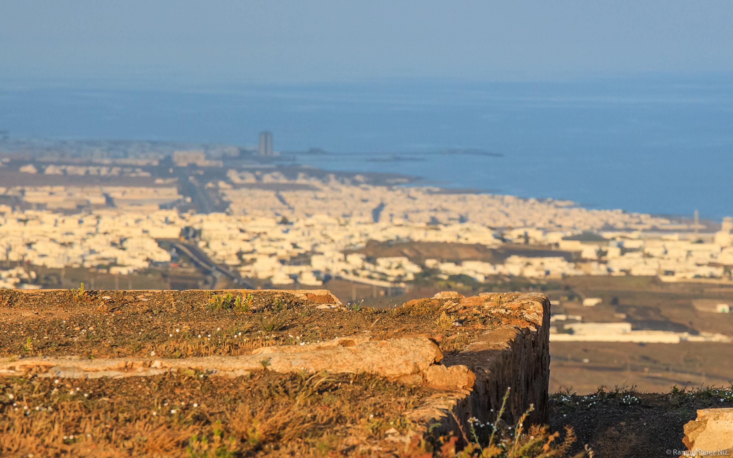 Foto de Ramón Pérez Niz. Terraza con vistas