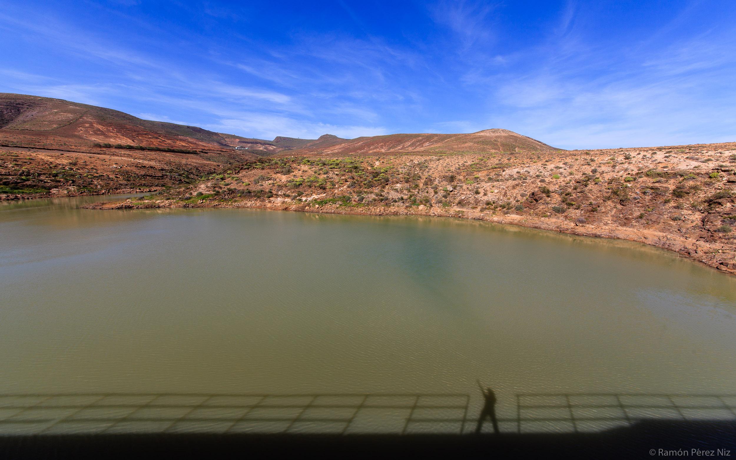 Foto de Ramón Pérez Niz, la presa de Mala