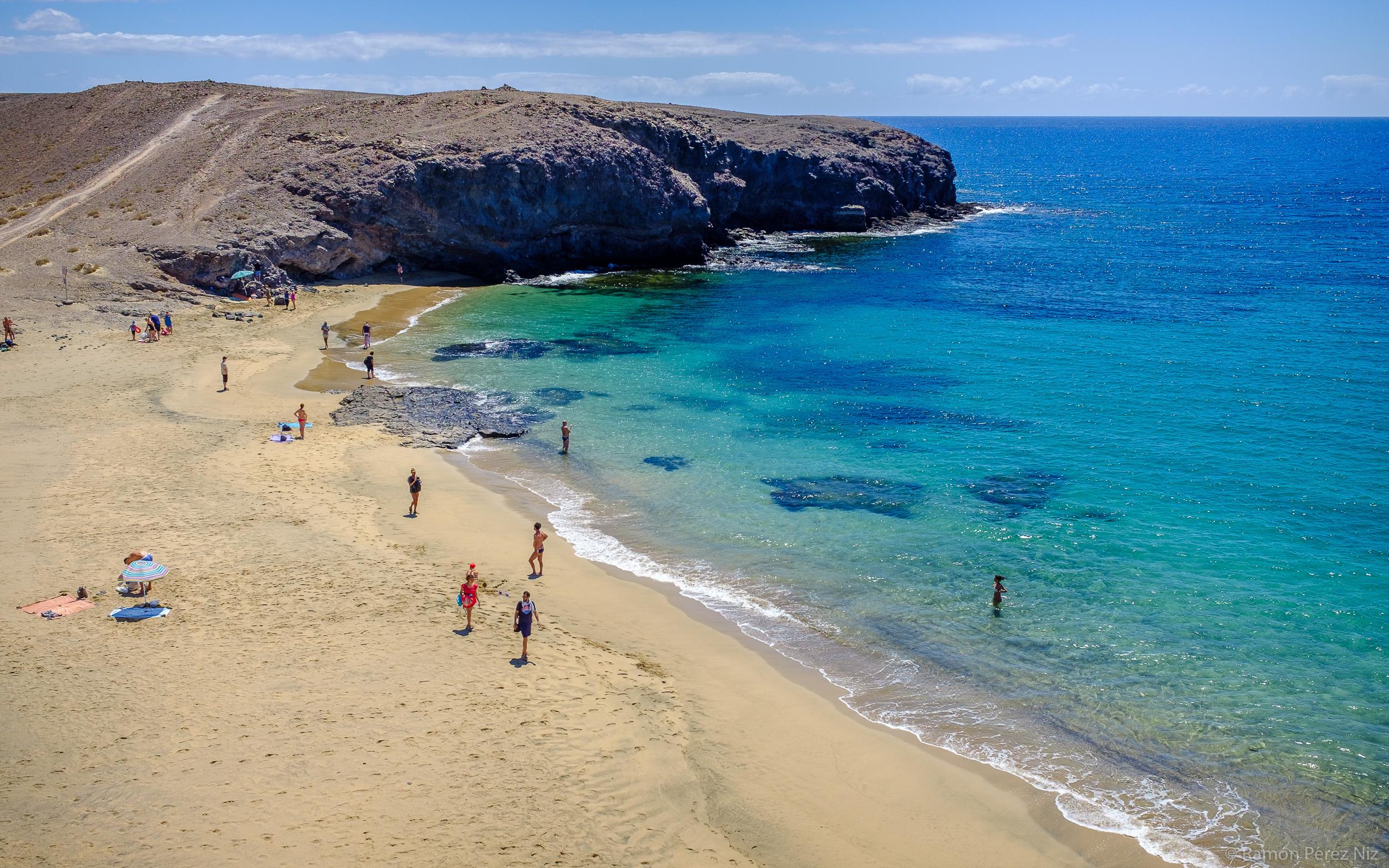 Foto de Ramón Pérez Niz en playa de Puerto Muelas
